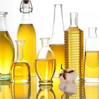 o-5-NEW-USES-FOR-VEGETABLE-OIL-facebook